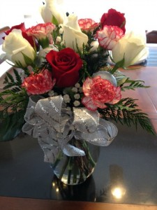 Christmas Cheer Bouquet Review