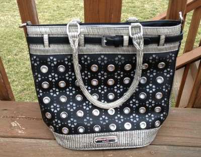 Nicole Lee Suzy's Delilah Heart & Eyelet Tote Review