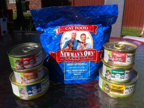 Newmans Own Organic catfood