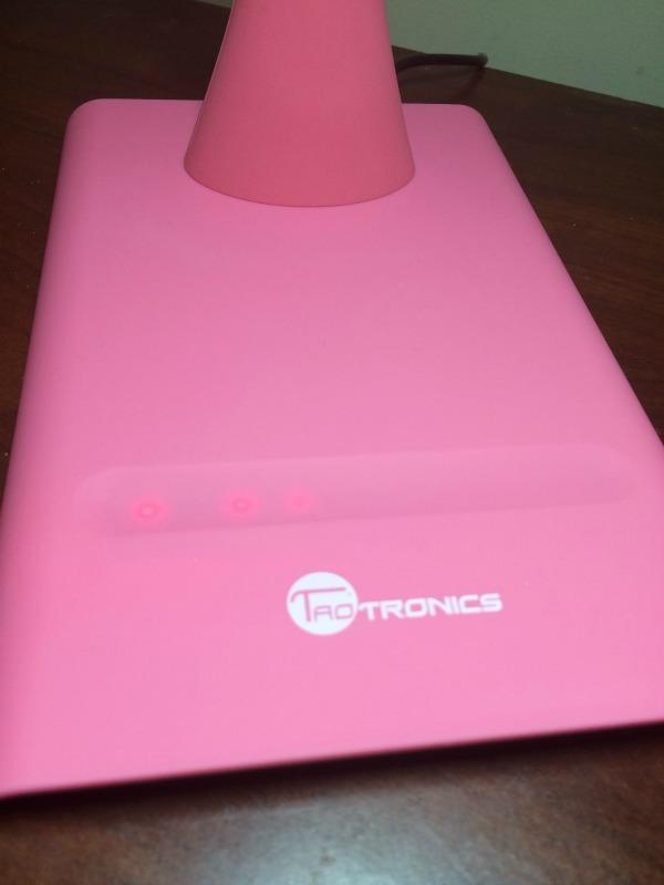 TaoTronics Elune Dimmable Eye-Care LED Desk Lamp 4