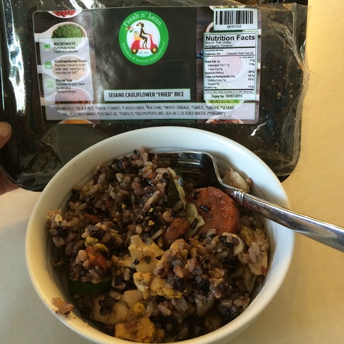 Looking for healthy, vegan meals delivered right to your day? See what we think of FreshnLean delivery service in our latest review!