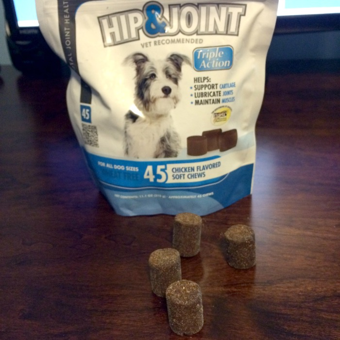 Looking for some awesome supplements for your favorite dog? See what we think of VetIQ Hip & Joint Chews & Minties Dental Treats here!
