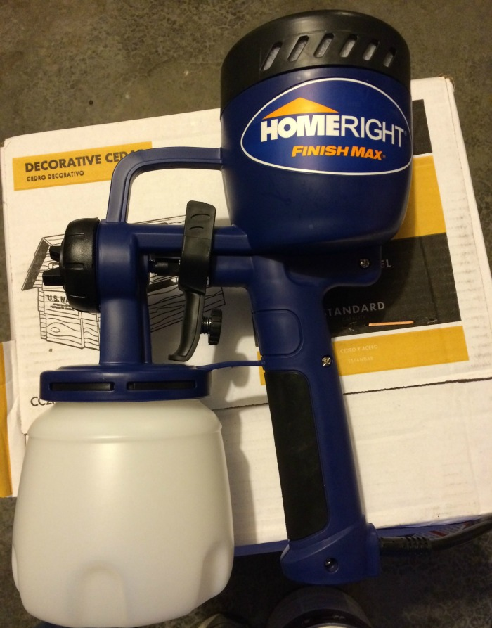 Looking for an innovative way to speed up staining projects, while still have a professional look? See what we think of the HomeRight Finish Max here!