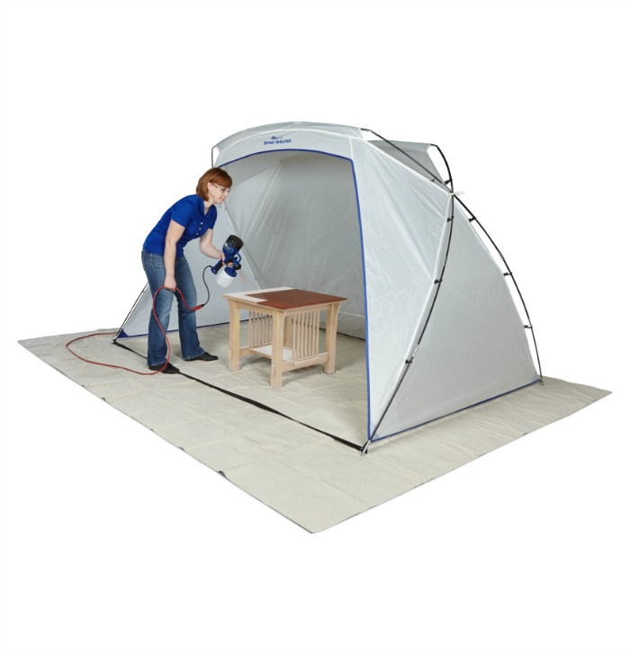 Sick of dealing with out door messes from painting or staining items outdoors for your DIY projects? See what we think of the HomeRight Spray Shelter here!
