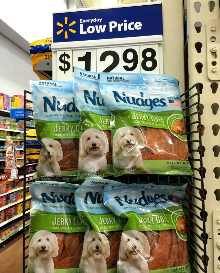 Looking for delicious, budget friendly, high quality dog treats that are made in the United States? See why we loved Nudges Dog Treats for Ivi & Rylie here! #NudgeThemBack