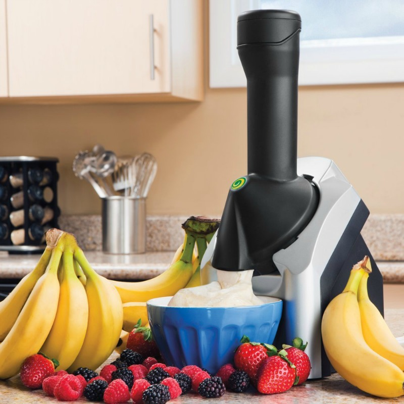 Do you enjoy ice cream but not the calories that come with it? See how we made dessert healthy again with the Yonanas Classic Machine here!