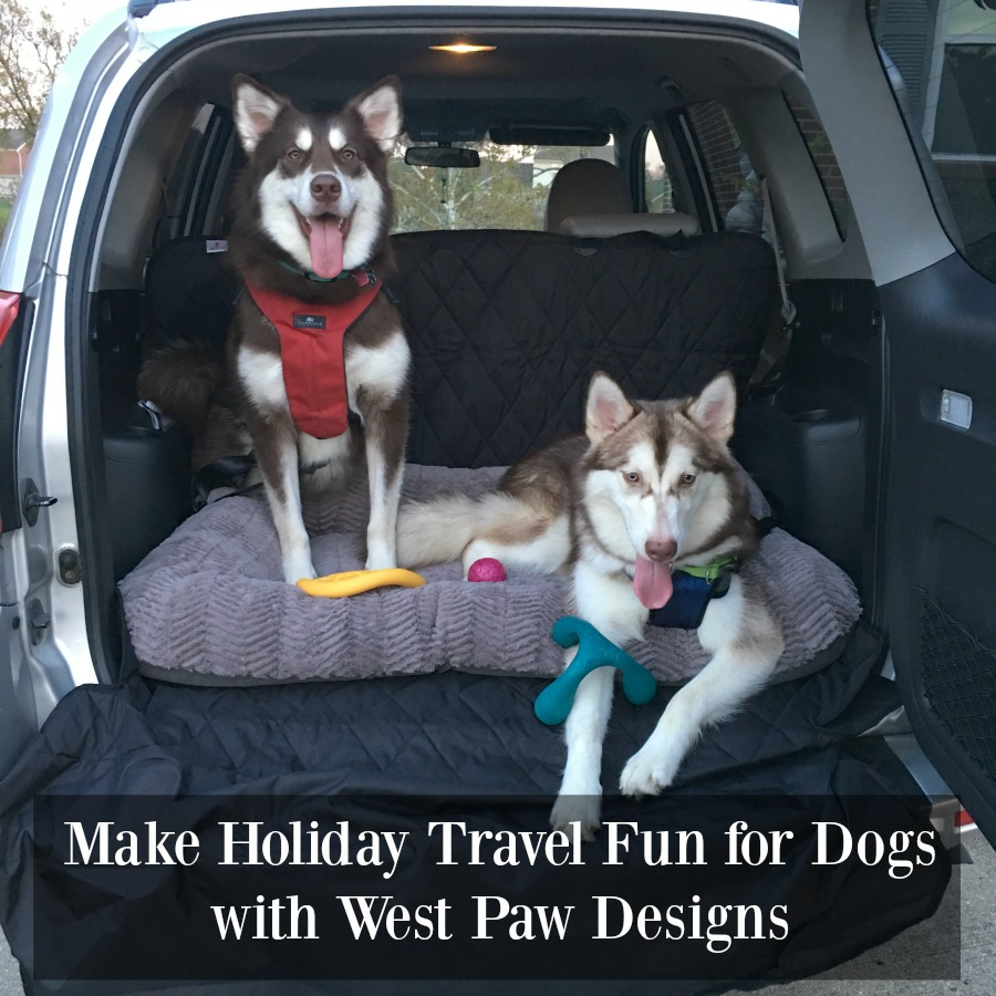 Looking for ways to make traveling with your dog comfortable & fun this holiday season? See why we love West Paw Designs toys & beds here!