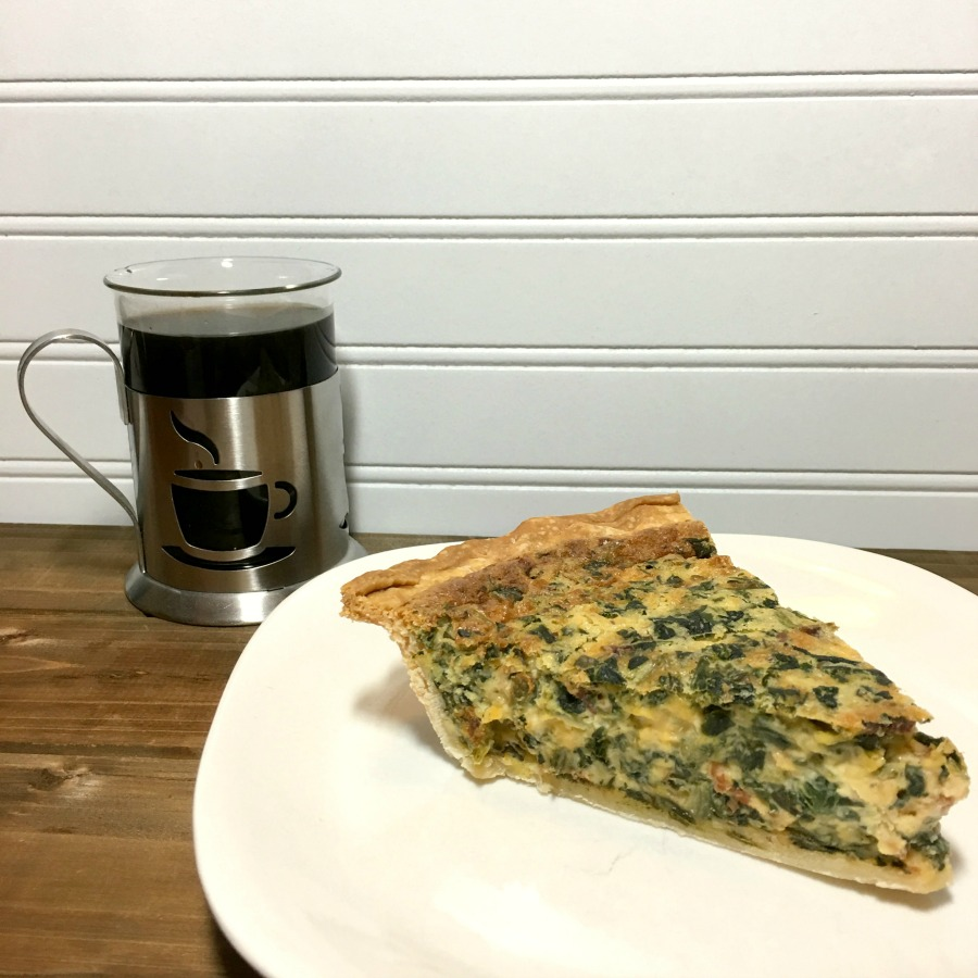 Looking for a delicious quiche recipe? Make sure to check out our delicious & super easy Spinach & Bacon Quiche Recipe here!