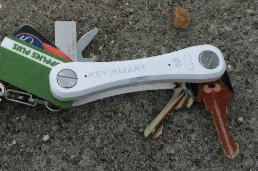Are you someone who is constantly losing your keys or phone? Learn how to never lose them again & get organized with the KeySmart Pro with Tile here!