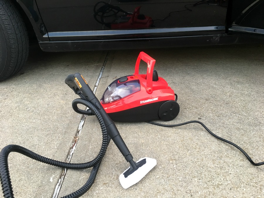 Looking for a way to clean your car without using expensive & toxic chemicals? See what we think of the AutoRight SteamMachine here!
